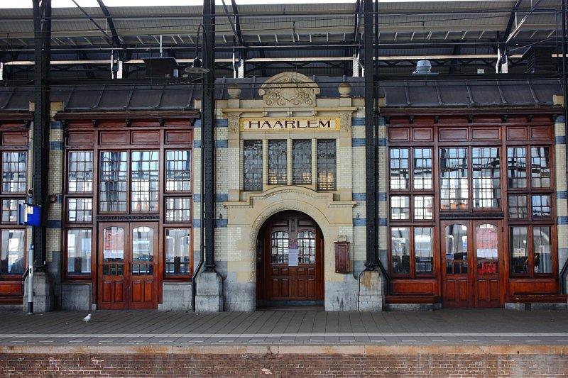 Haarlem tren istasyonu