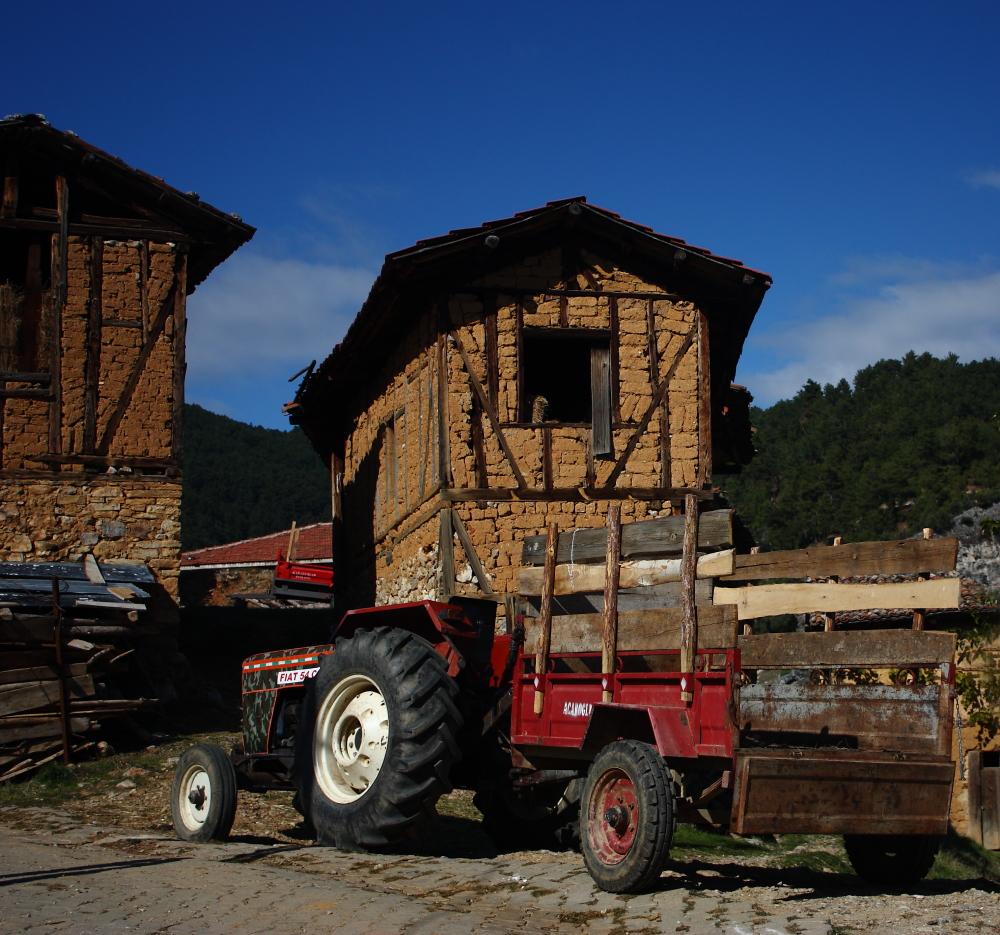 Gelemiç köy evleri