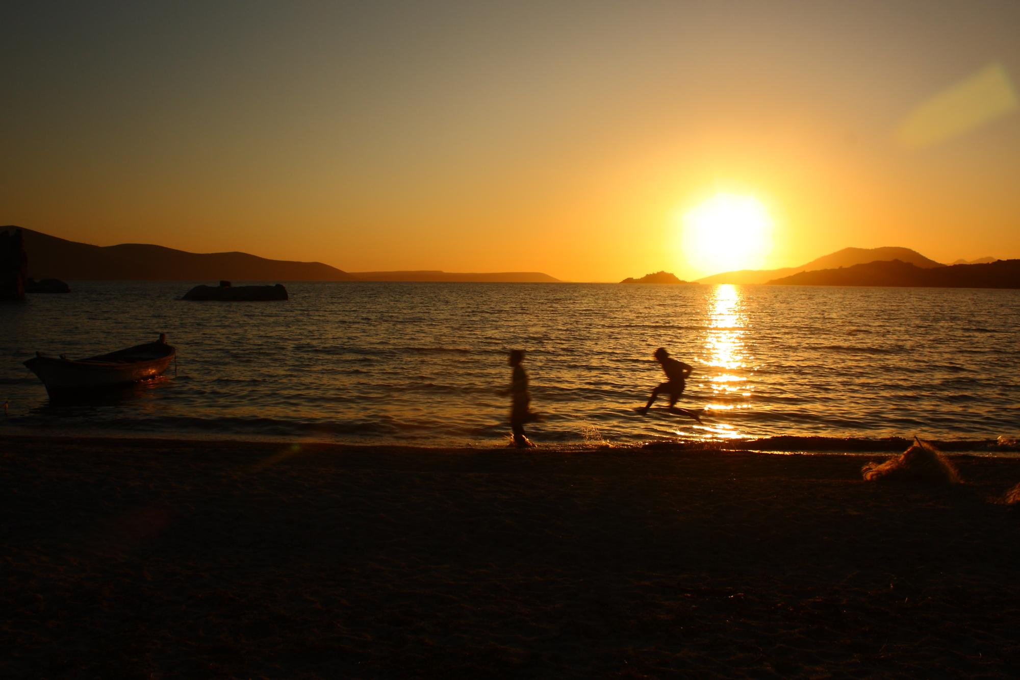 Bafa gölünde güneş batıyor
