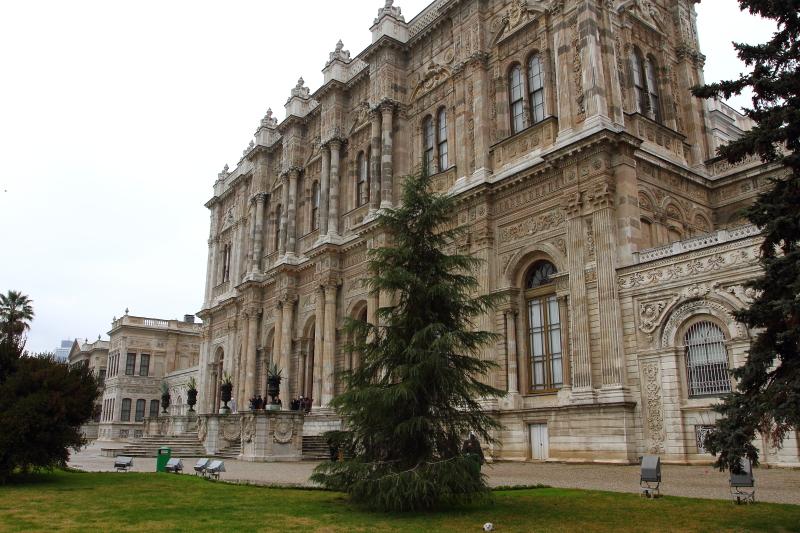 Dolmabahçe Sarayı - Selamlık - Muayede Salonundan İstanbul boğazına açılan kapı