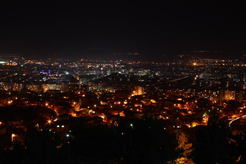 Şahin Tepesi Şelale'den Eskişehir manzarası