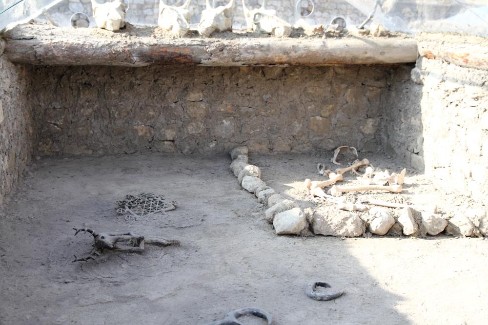 Alacahöyük kral mezarları