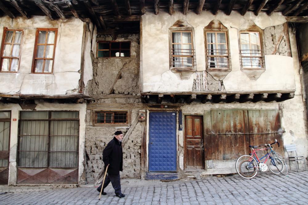 iskilip sokakları ve tarihi eser statüsündeki konakları