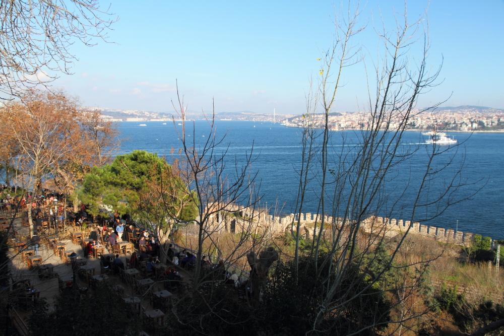 Sarayburnu'ndan Boğaziçi ve Gülhane Parkı çay bahçesi