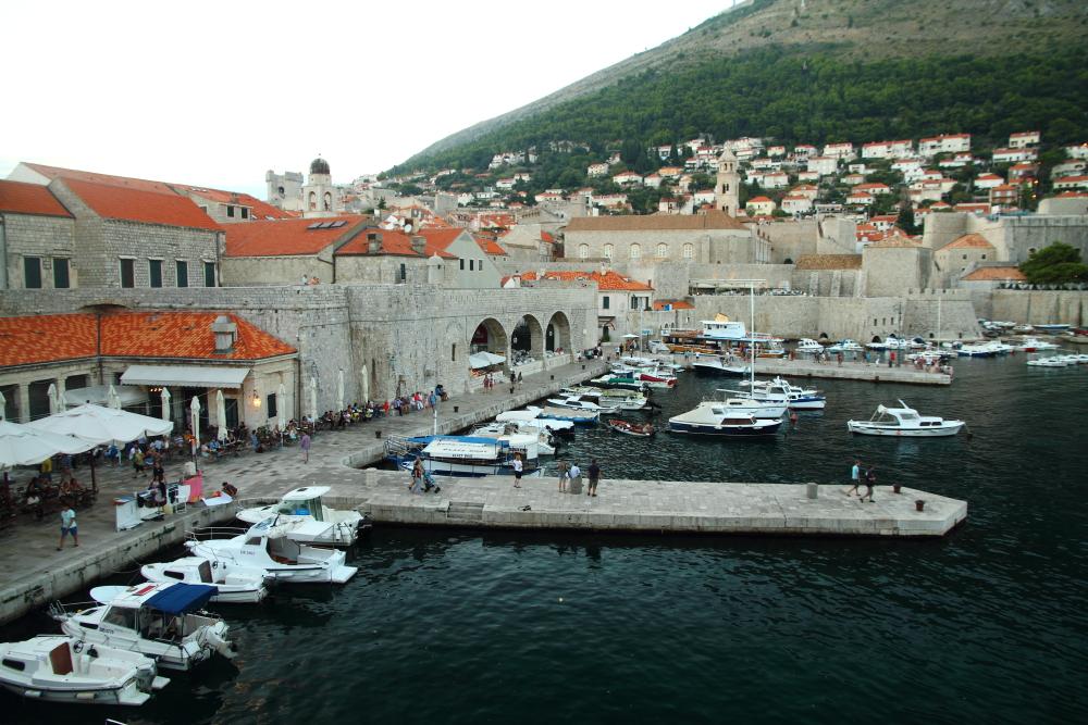 Dubrovnik Kalesi eski limanı