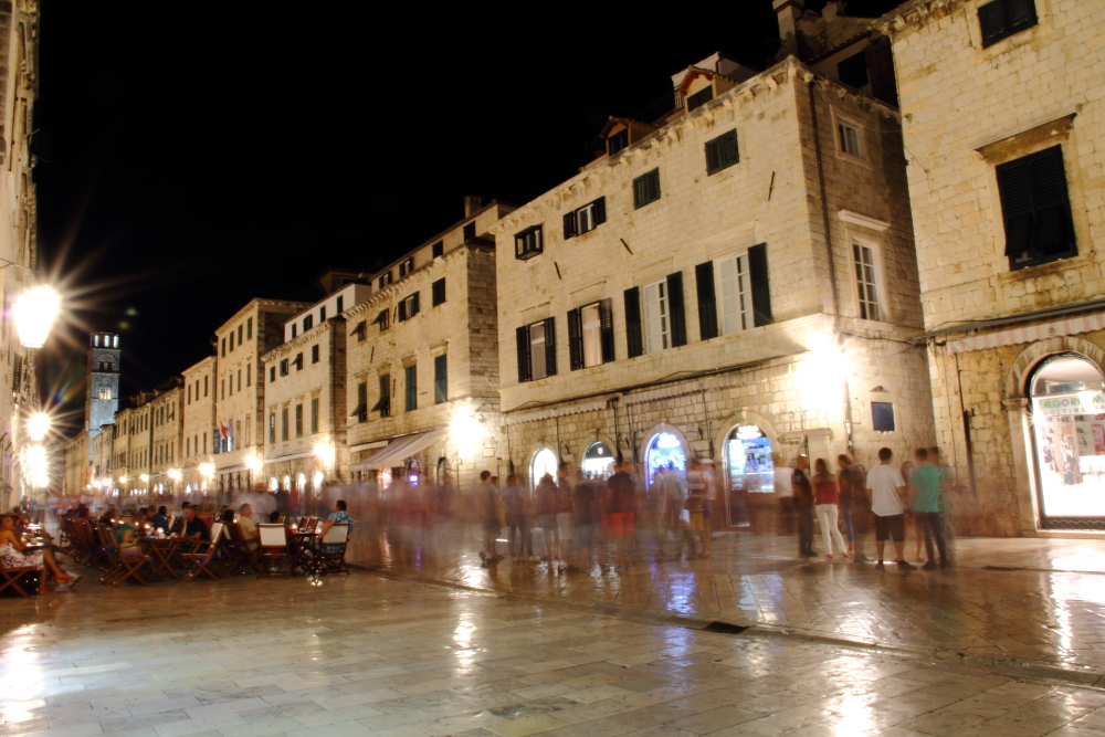 Dubrovnik kale içi ana caddesi Placa (Stradun)
