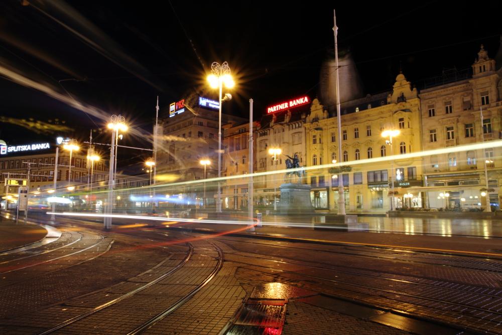 Zagreb Trg bana Jelacica meydanı