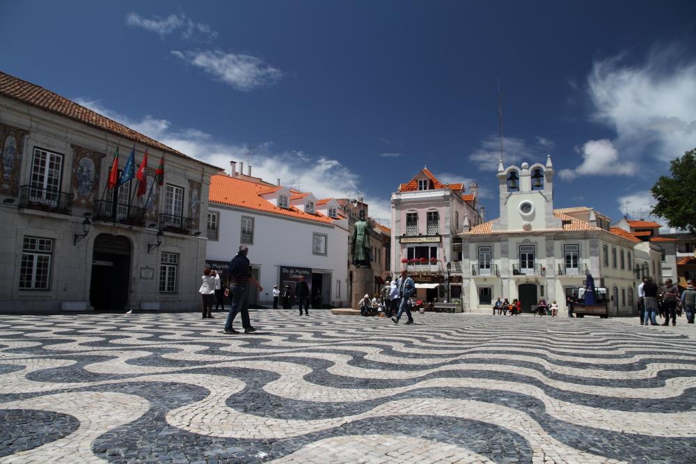 Cascais şehir merkezi ve Belediye Binası