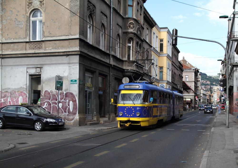 Mula Mustafe Başeskije Caddesi